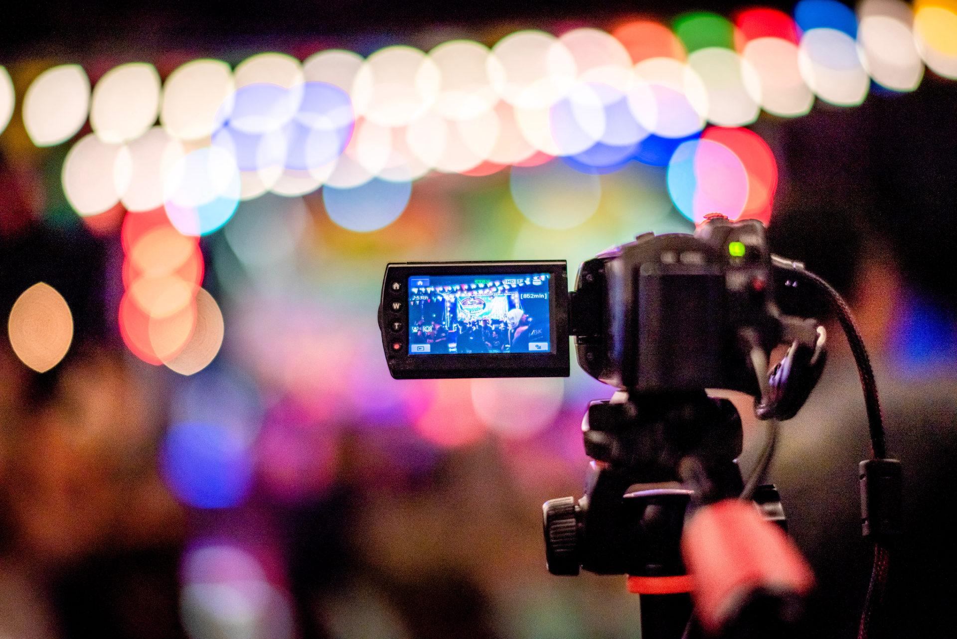 Virtuelle Events - Kamera bei der Aufnahme